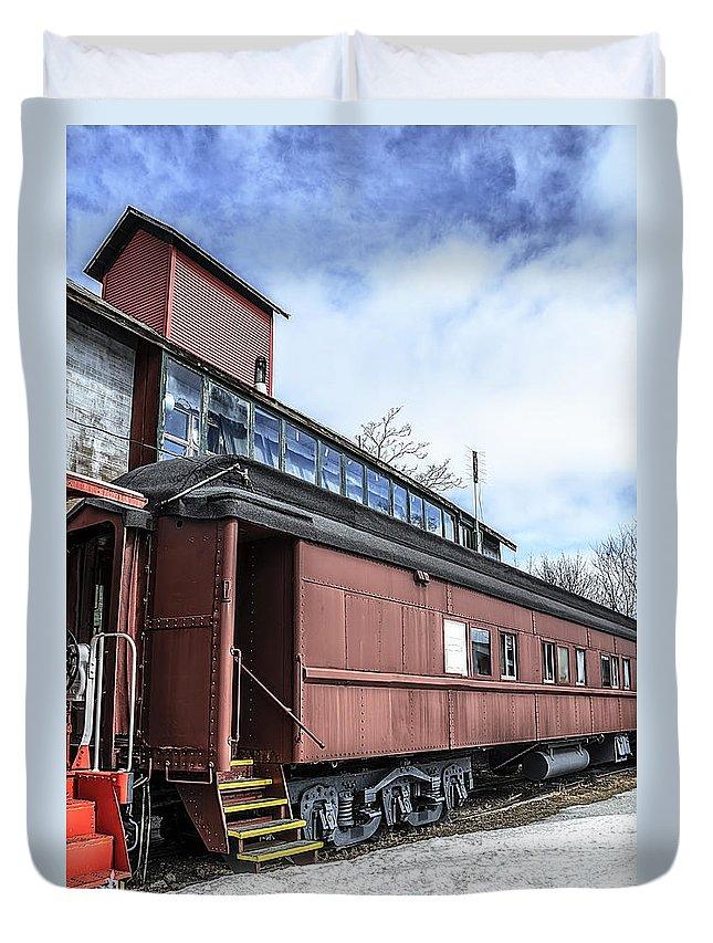 Usa Duvet Cover featuring the photograph The Grand Trunk Western Depot by LeeAnn McLaneGoetz McLaneGoetzStudioLLCcom