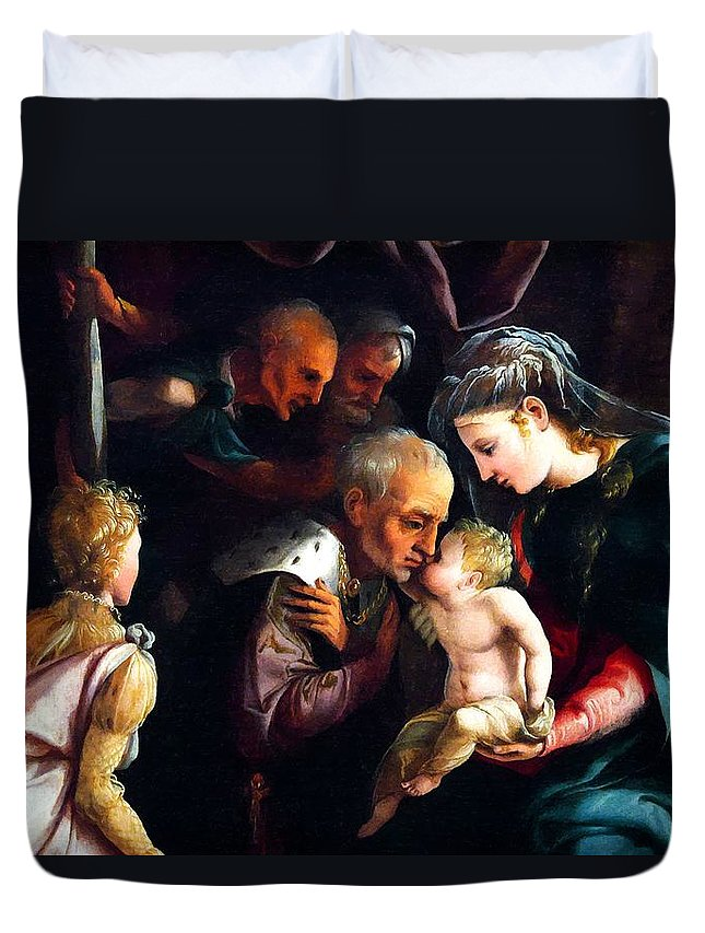 Adoration Of The Magi Duvet Cover featuring the photograph The Kiss by Munir Alawi