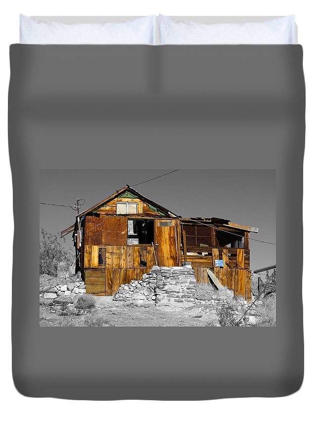 House Duvet Cover featuring the photograph The Old House by Richard J Cassato