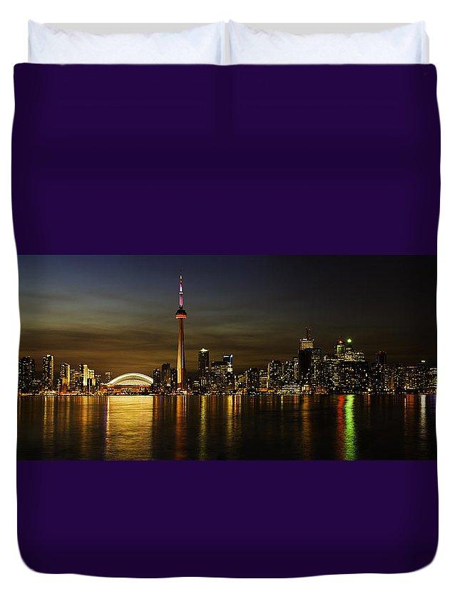Toronto Sky Line Panorama Duvet Cover featuring the photograph Toronto Evening Sky Line Panorama by Peter v Quenter