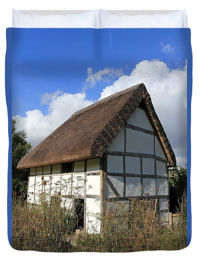 Traditional Cottage Sussex Uk Duvet Cover featuring the photograph Traditional Cottage Sussex Uk by Julia Gavin