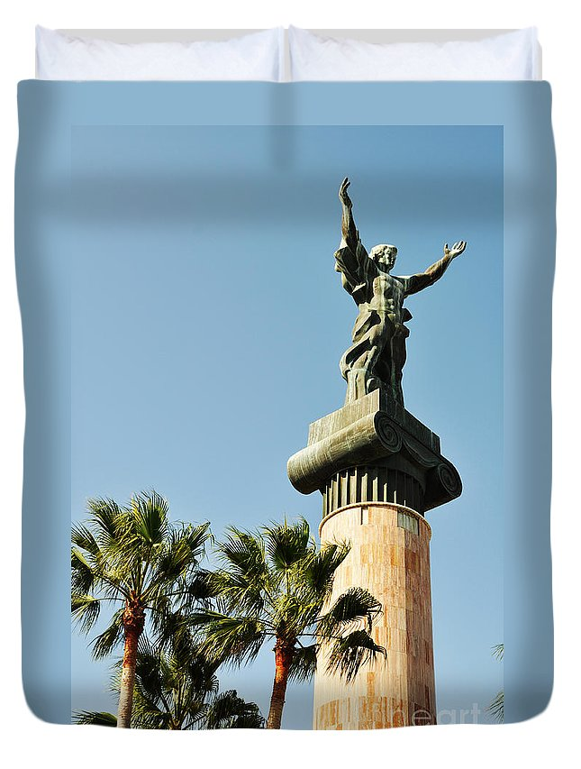 Spain Duvet Cover featuring the photograph Victory Statue In Puerto Banus by Luis Alvarenga
