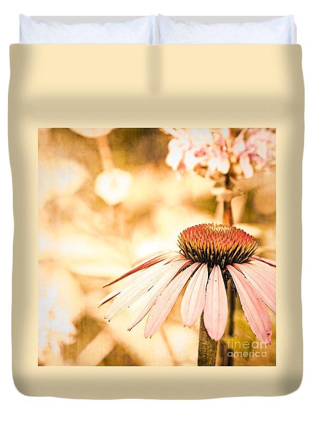 Echinacea Purpurea Duvet Cover featuring the photograph Wildflowers by Joe Mamer