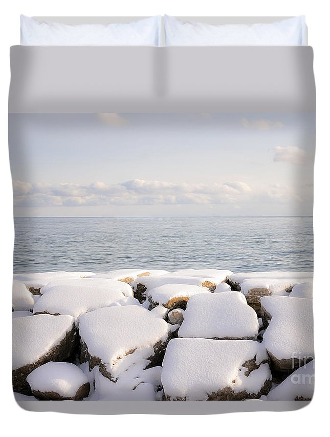 Boulders Duvet Cover featuring the photograph Winter Shore Of Lake Ontario by Elena Elisseeva