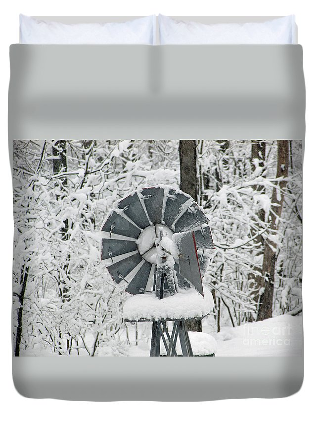 Scene Duvet Cover featuring the photograph Winter Wind by Jamie Smith