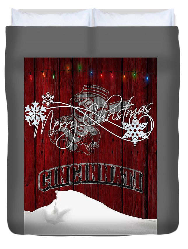 Reds Duvet Cover featuring the photograph Cincinnati Reds by Joe Hamilton