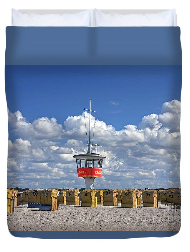 Travem�nde Duvet Cover featuring the photograph 110506p022 by Arterra Picture Library