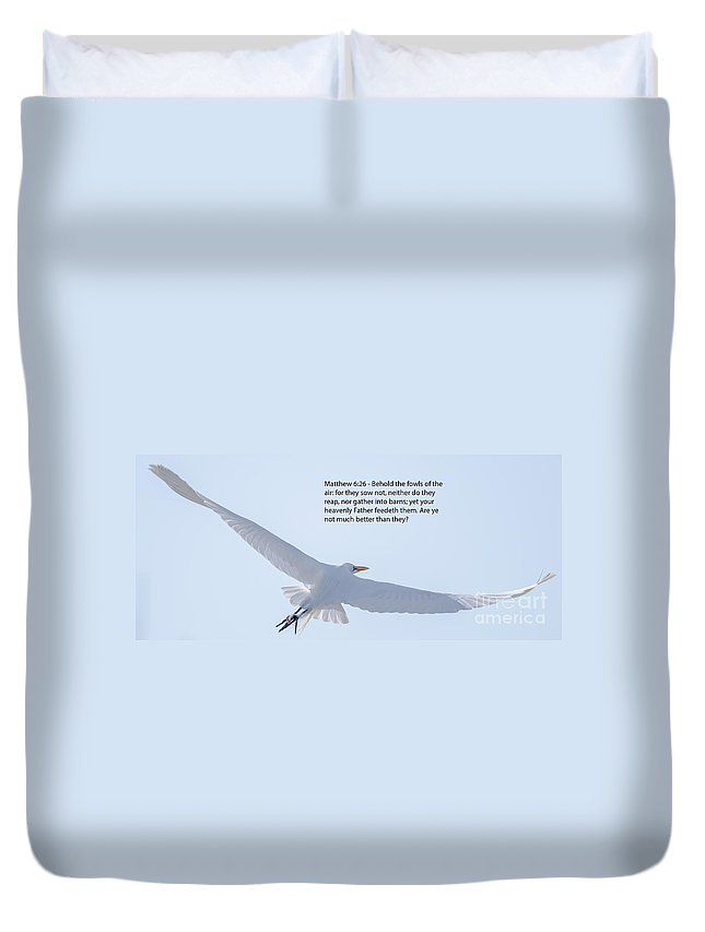 White Heron Duvet Cover featuring the photograph Soaring Heron by Dale Powell