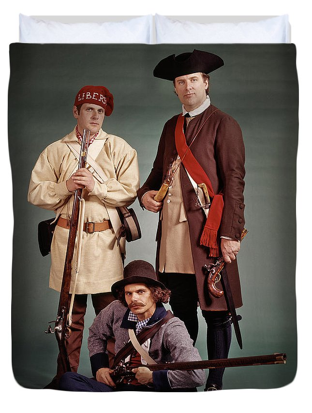 Photography Duvet Cover featuring the photograph 1700s 1776 Colonial Militiamen by Vintage Images
