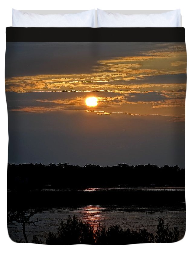 Obx Duvet Cover featuring the photograph An Outer Banks Of North Carolina Sunset by Richard Rosenshein