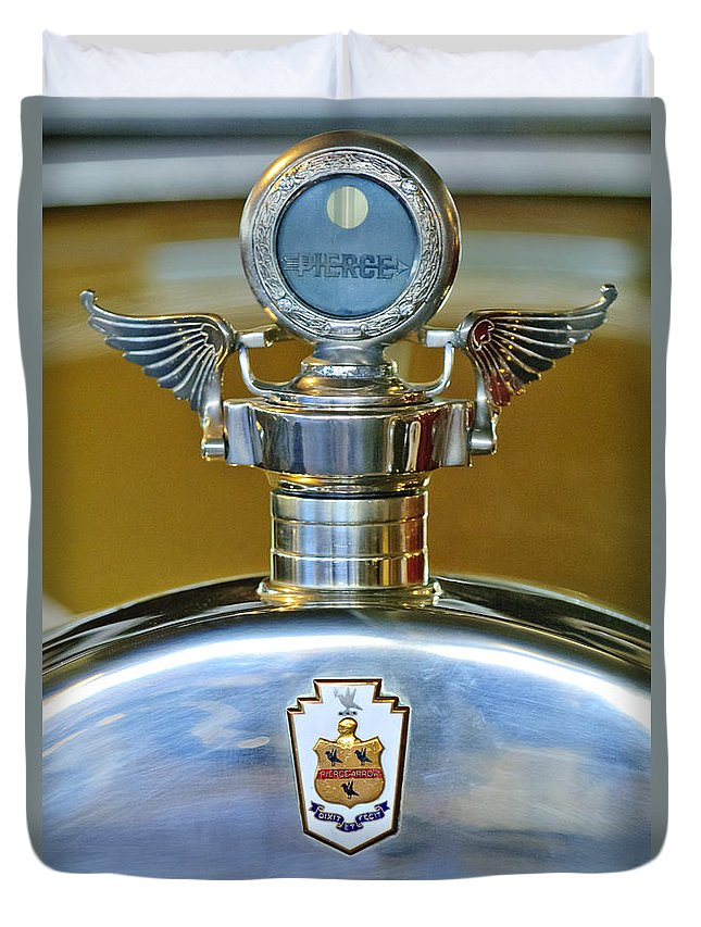 1928 Pierce-arrow Model 36 7-passenger Touring Car Duvet Cover featuring the photograph 1928 Pierce-arrow Hood Ornament by Jill Reger