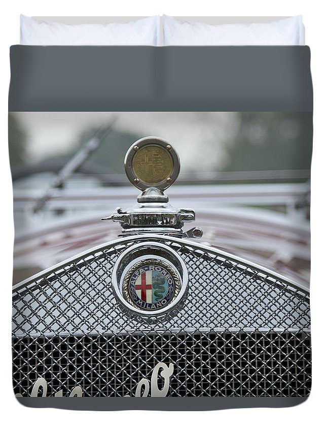 Glenmoor Duvet Cover featuring the photograph 1931 Alfa Romeo by Jack R Perry