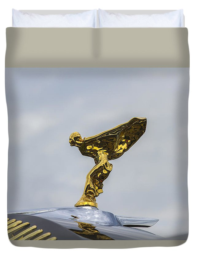 Glenmoor Duvet Cover featuring the photograph 1937 47 Rolls Royce by Jack R Perry