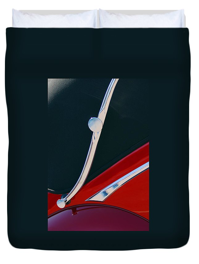 1948 Jaguar 2.5 Litre Drophead Coupe Duvet Cover featuring the photograph 1948 Jaguar 2.5 Litre Drophead Coupe by Jill Reger