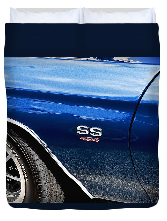 1970 Chevelle Duvet Cover featuring the photograph 1970 Chevy Chevelle 454 Ss by Rich Franco