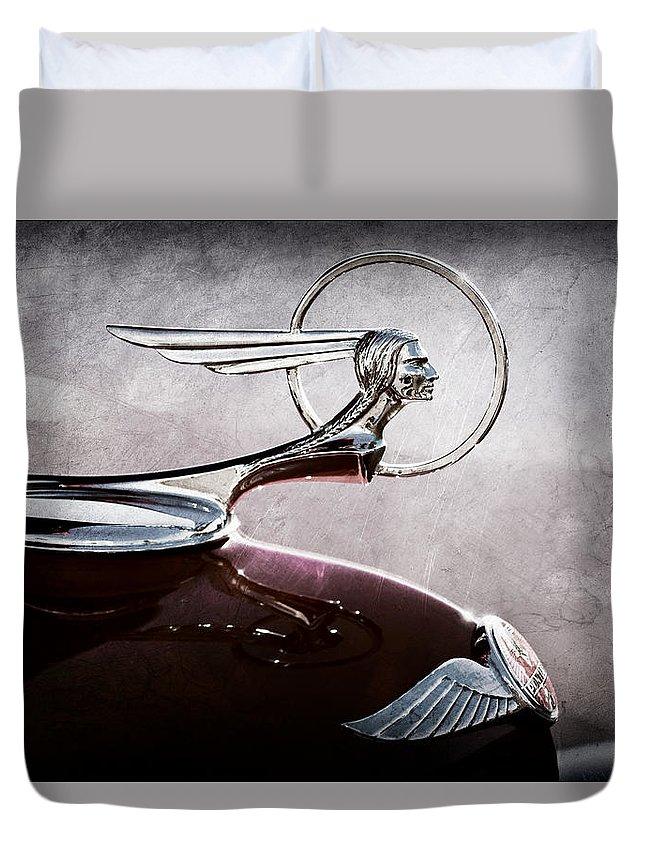 1933 Pontiac Hood Ornament Duvet Cover featuring the photograph 1933 Pontiac Hood Ornament by Jill Reger