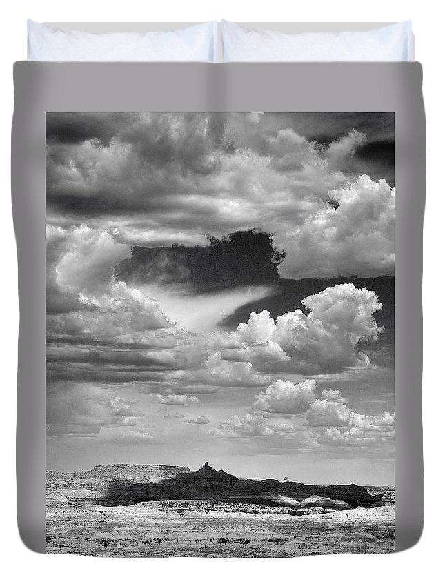 Angel Duvet Cover featuring the photograph Angel Peak by Skip Hunt