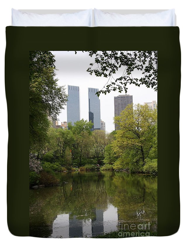 Central Park Duvet Cover featuring the photograph Central Park Pond by Christiane Schulze Art And Photography