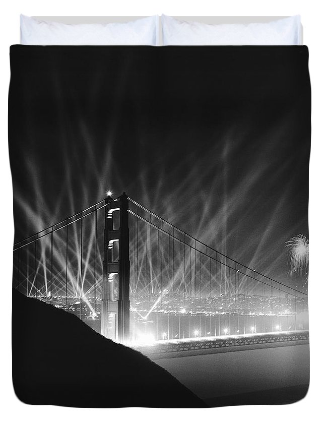 1930's Duvet Cover featuring the photograph Golden Gate Bridge Opening by Underwood Archives