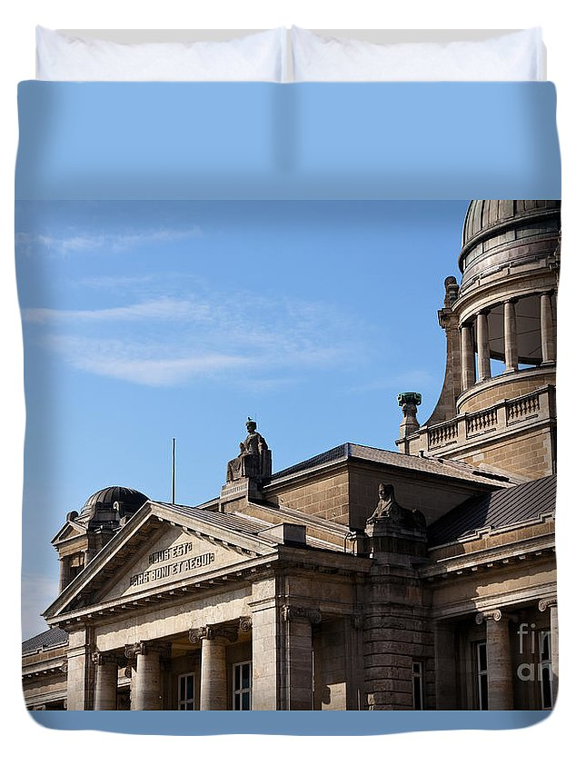 Aequi Duvet Cover featuring the photograph Hanseatic Supreme Court Of Hamburg by Jannis Werner