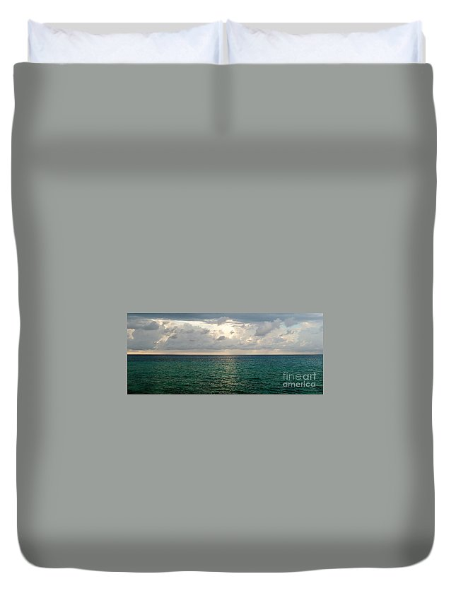 Color Duvet Cover featuring the photograph Horizon by Amar Sheow