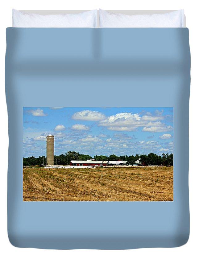 Farm Duvet Cover featuring the photograph Kansas Farm by Jeanette C Landstrom