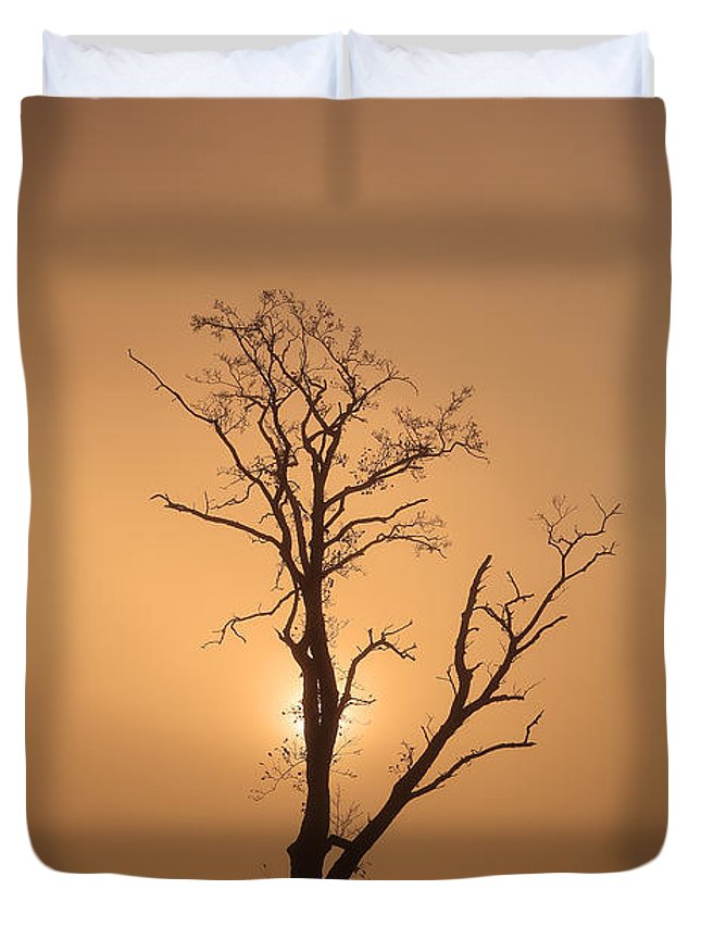 Loch Ard Canvas Duvet Cover featuring the photograph Loch Ard Glow by Grant Glendinning