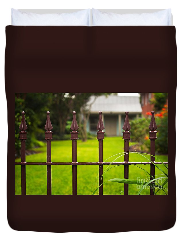 Cottage Duvet Cover featuring the photograph New Orleans Cottage by Mary Smyth