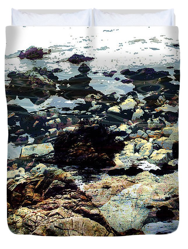 Ocean View Digital Image Duvet Cover featuring the digital art Ocean View by Yael VanGruber