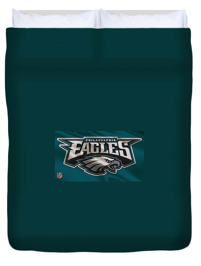 Eagles Duvet Cover featuring the photograph Philadelphia Eagles Uniform 2 by Joe Hamilton