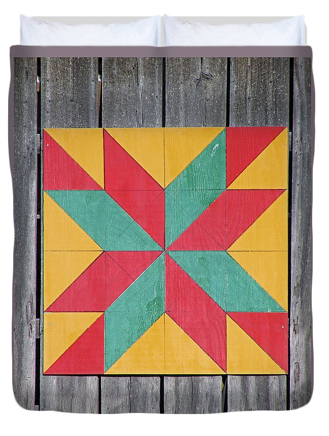 Barn Duvet Cover featuring the photograph Quilting The Barn by Jamie Smith