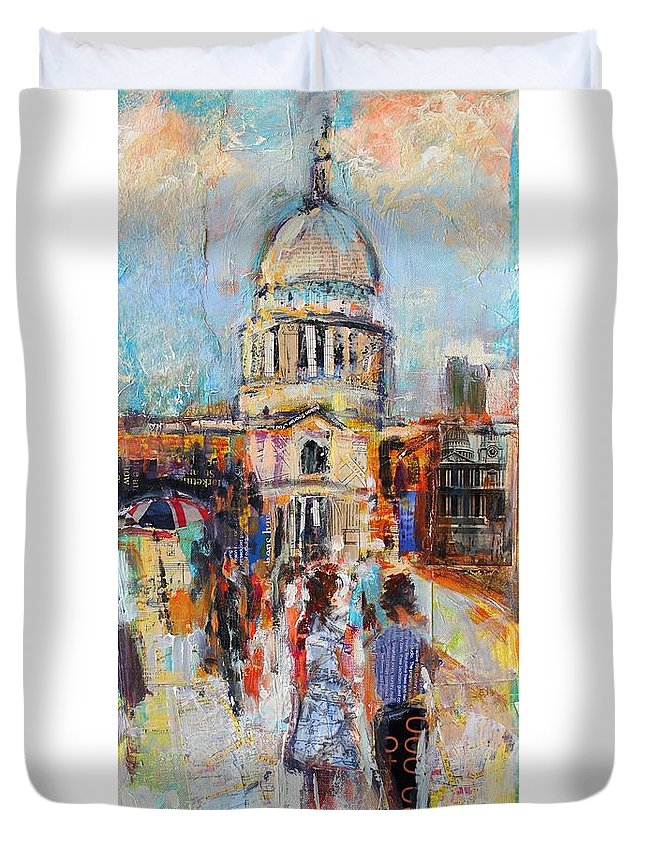 Abstract Duvet Cover featuring the St Paul's From The Millennium Bridge by Sylvia Paul