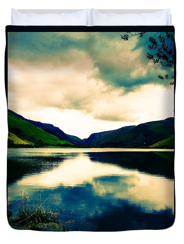 Canvas Duvet Cover featuring the photograph Talyllyn Lake Snowdonia by Mark Llewellyn