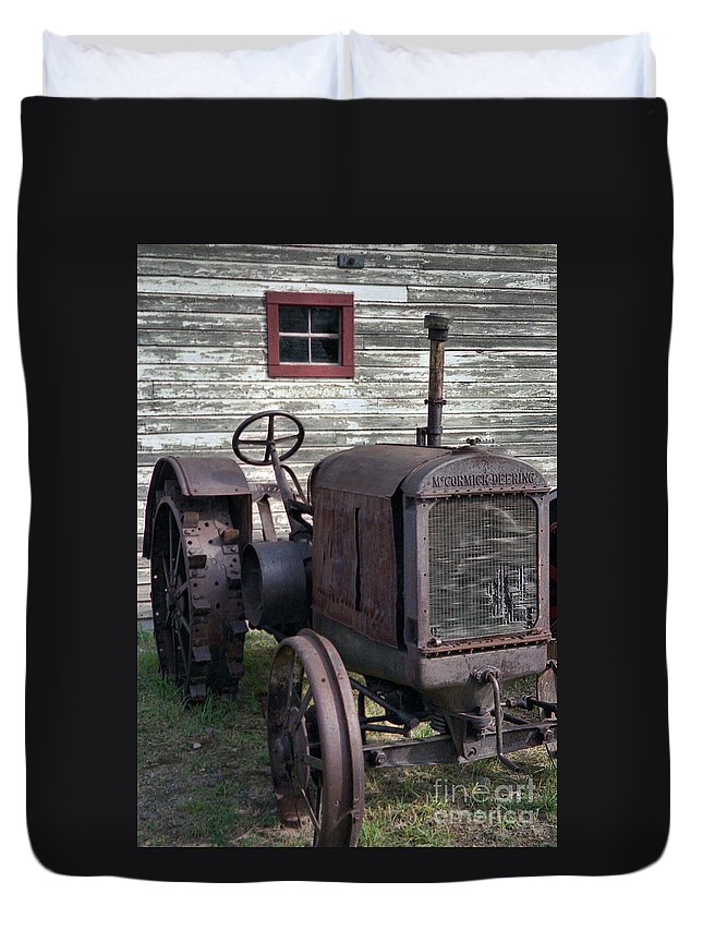 Farm Tractor Duvet Cover featuring the photograph The Old Mule by Richard Rizzo