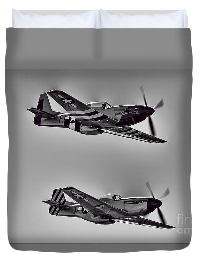 North American P-51d Mustang Duvet Cover featuring the photograph Two Of A Kind by Douglas Barnard