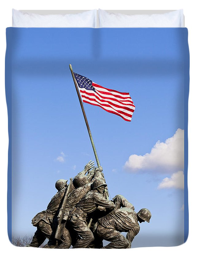 Us Duvet Cover featuring the photograph Us Marine Corps Memorial by B Christopher