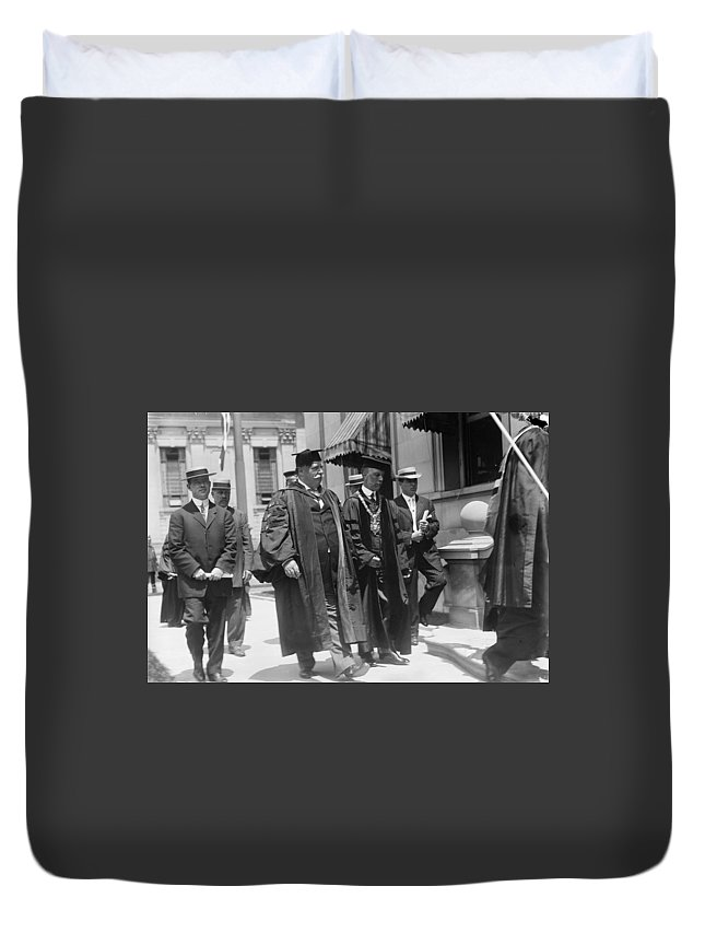 1909 Duvet Cover featuring the photograph William Howard Taft (1857-1930) by Granger