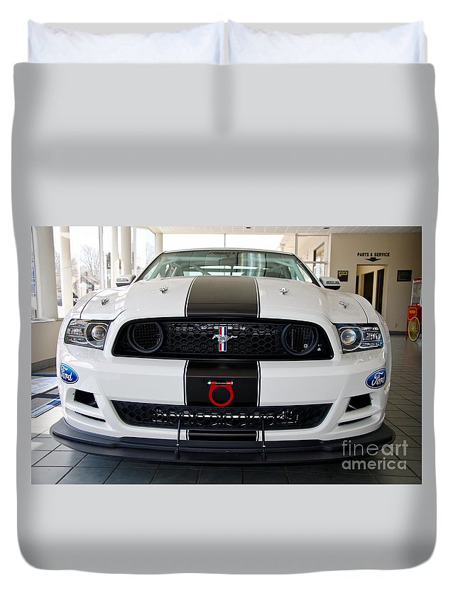 Boss Duvet Cover featuring the photograph 2013 Boss 302s by Paul Mashburn