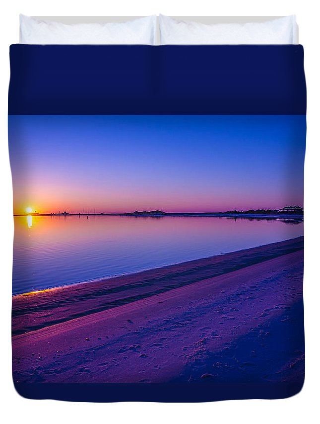 Canvas Duvet Cover featuring the photograph 2014 04 10 01 C 0048 by Mark Olshefski
