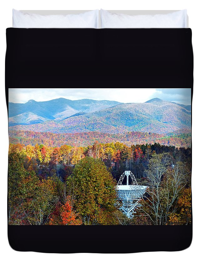 Duane Mccullough Duvet Cover featuring the photograph 26 East Antenna And The Blueridge by Duane McCullough