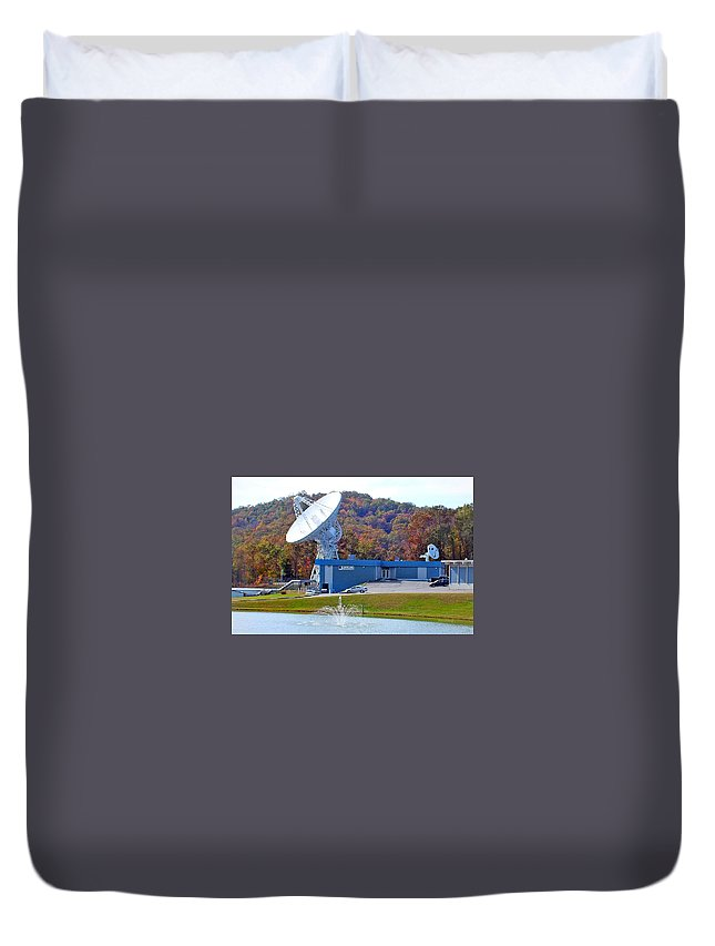 Duane Mccullough Duvet Cover featuring the photograph 26 West Antenna And Research Building by Duane McCullough