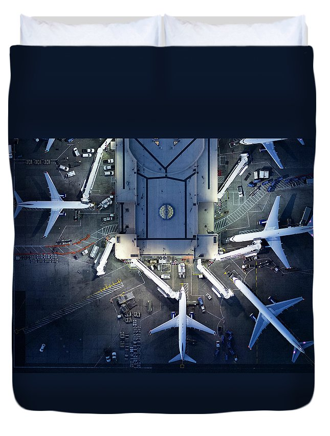 Airport Terminal Duvet Cover featuring the photograph Airliners At Gates And Control Tower by Michael H