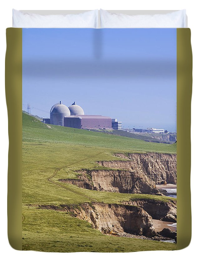America Duvet Cover featuring the photograph Diablo Canyon Nuclear Power Station by B Christopher