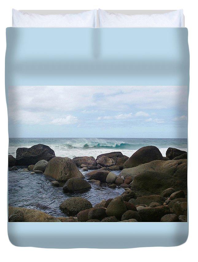 Hanakapi Ai Beach Duvet Cover featuring the photograph Hanakapi Ai Beach by Ellen Henneke