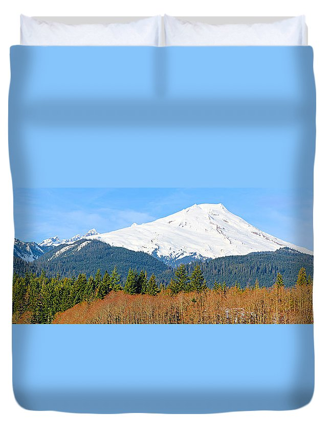 Alpine Duvet Cover featuring the photograph Mount Baker by Paul Fell