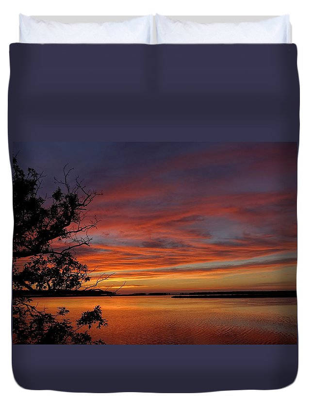Obx Duvet Cover featuring the photograph Outer Banks Sunset by Richard Rosenshein
