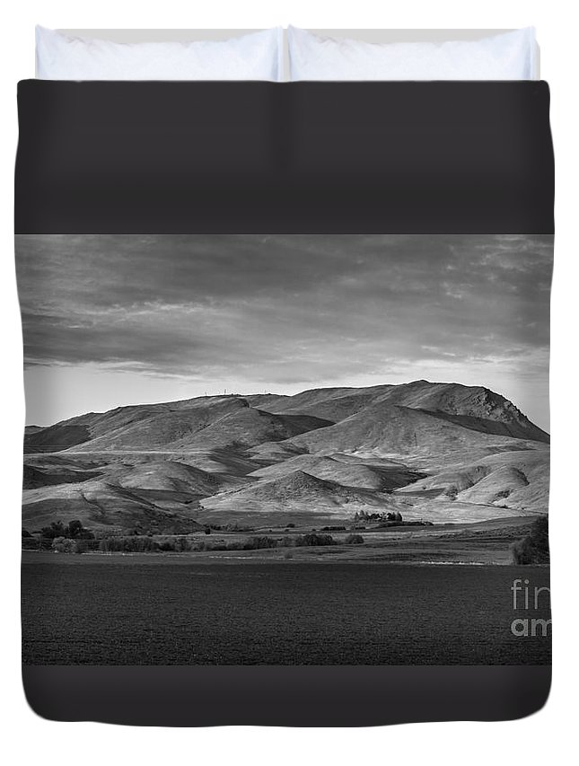 Gem County Duvet Cover featuring the photograph The Butte by Robert Bales