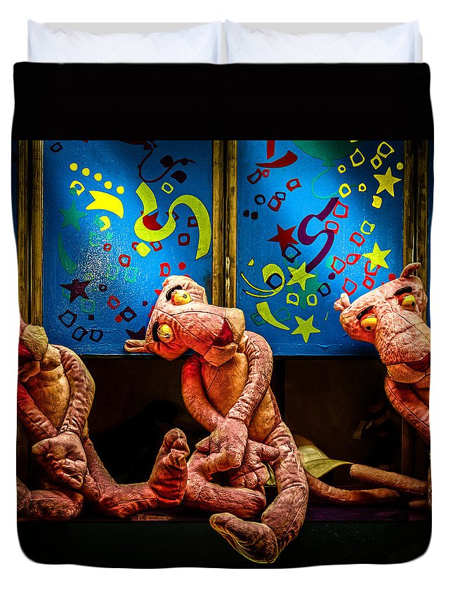 Toy Duvet Cover featuring the photograph 3 Wet Pink Panthers by Bob Orsillo