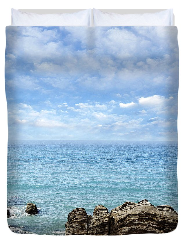 Beautiful Duvet Cover featuring the photograph New Zealand by Les Cunliffe