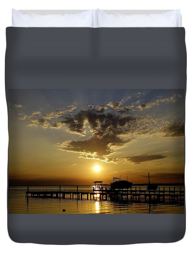 Obx Duvet Cover featuring the photograph Its Marguerita Time by Richard Rosenshein